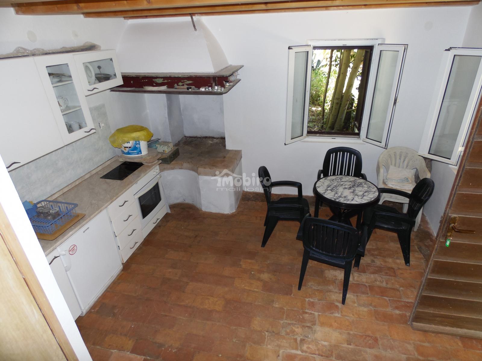 Renoviertes Haus zum Verkauf auf Male Srakane Insel, Haus