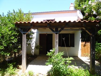 Ristrutturata casa da vendere sul'isola Male Srakane