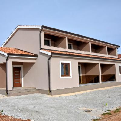 Nuova casa con 3 camere da letto, 122 m2