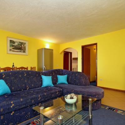 Stan sa dvije spavaće sobe u okolici Poreča