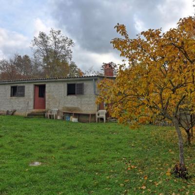Prodaje se kuća za renovaciju u okolici Poreča