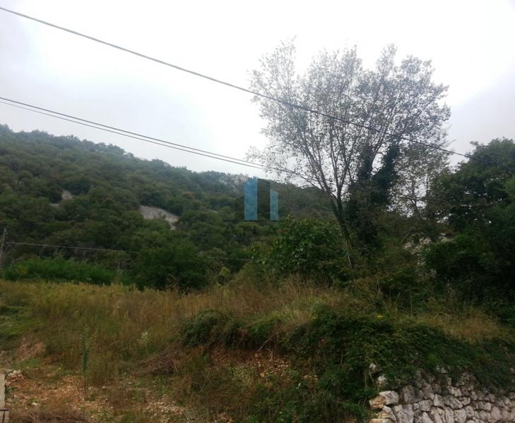 Građevinsko zemljište od 1000 m2