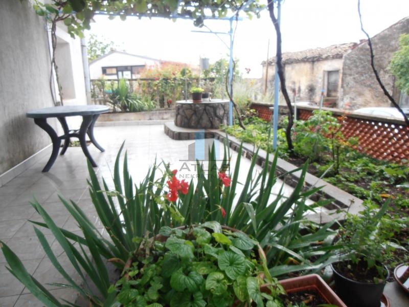Odlična kuća u mjestu Marčelji