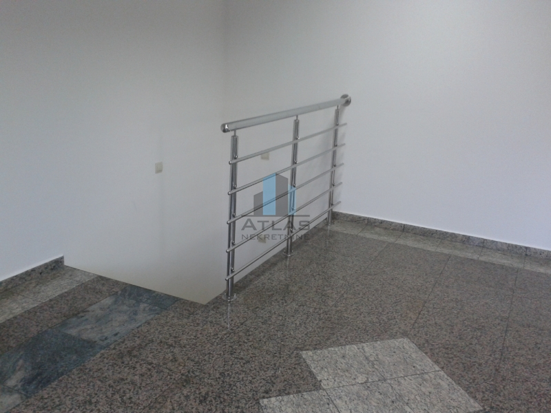 Commerciale Pehlin, Rijeka, 130m2