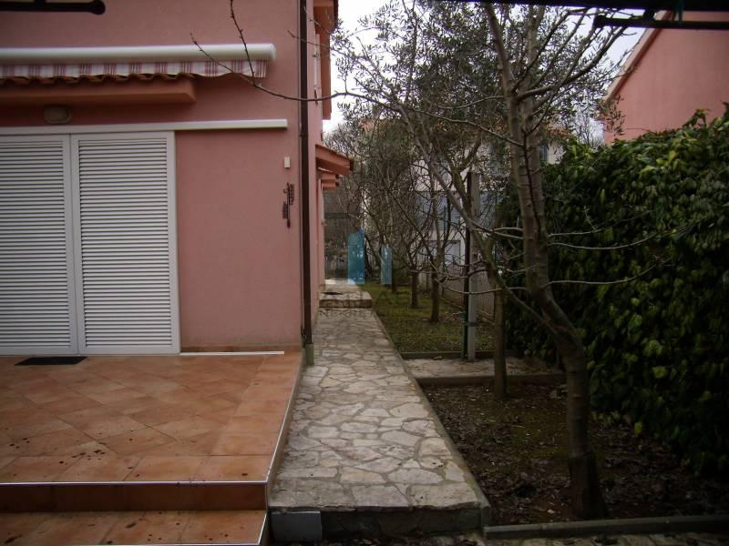 коттедж Malinska, Malinska-Dubašnica, 102m2