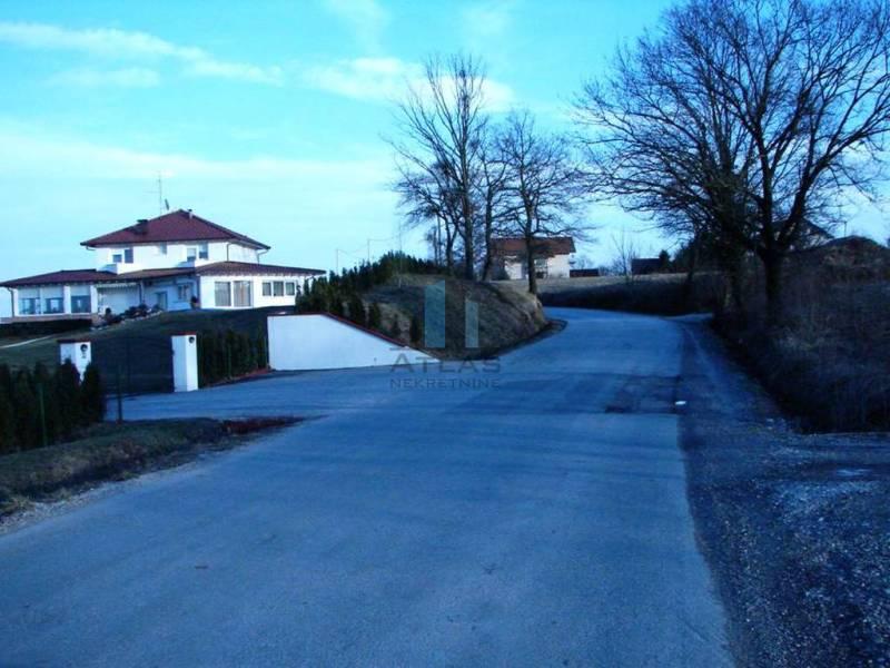 Donji Stupnik, građevinsko zemljište  4 850 m2