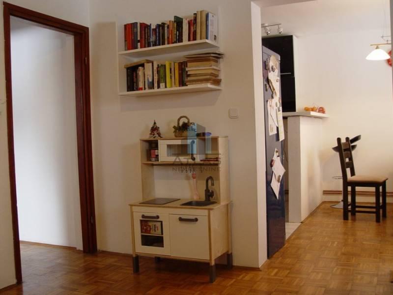Samobor, Gradna, 3-sobni, 76,16 m2 + ostava