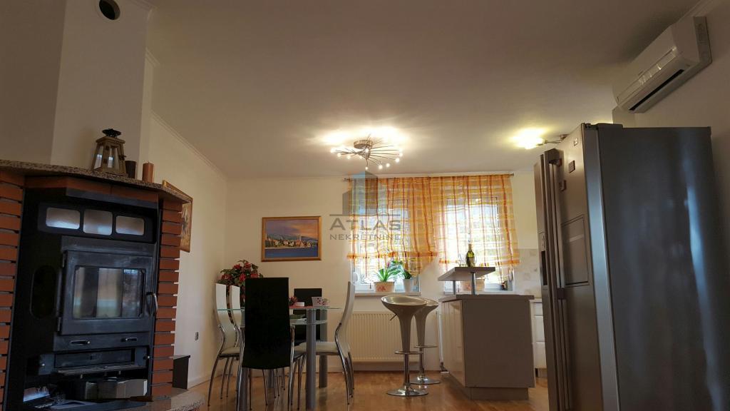 Stanovanje Oprić, Opatija - Okolica, 75m2