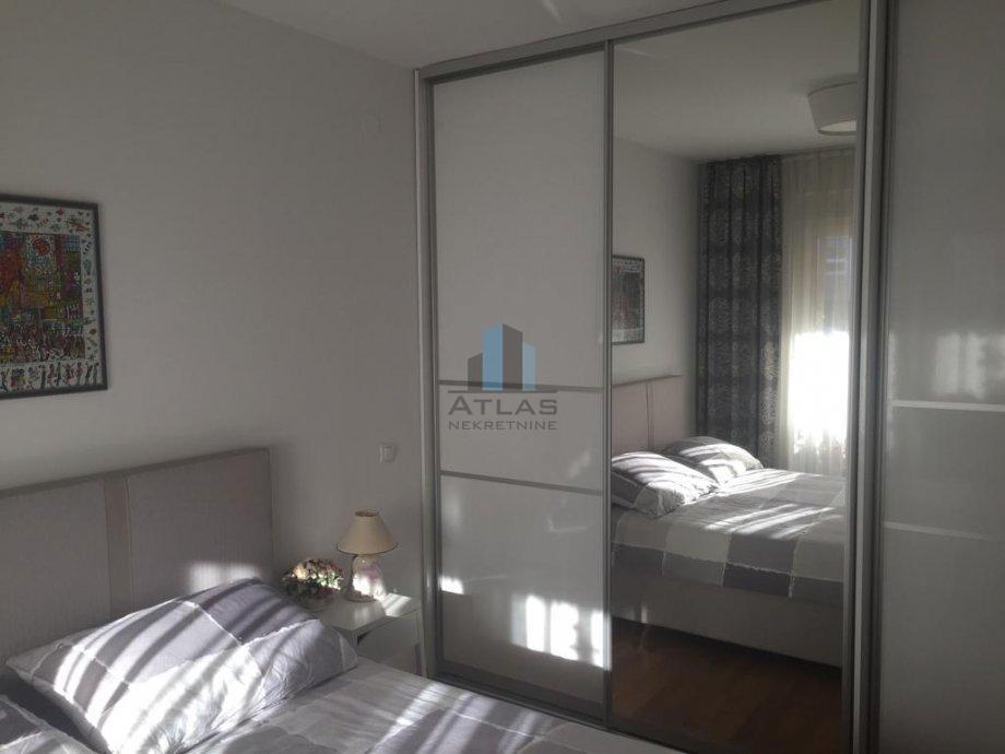 Zagreb, Trokut, DB+2S, površine 48,66 m2