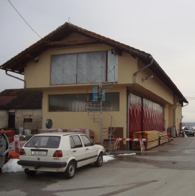 Zagreb, skladište i uredi kod IKEA-e, 683 m2