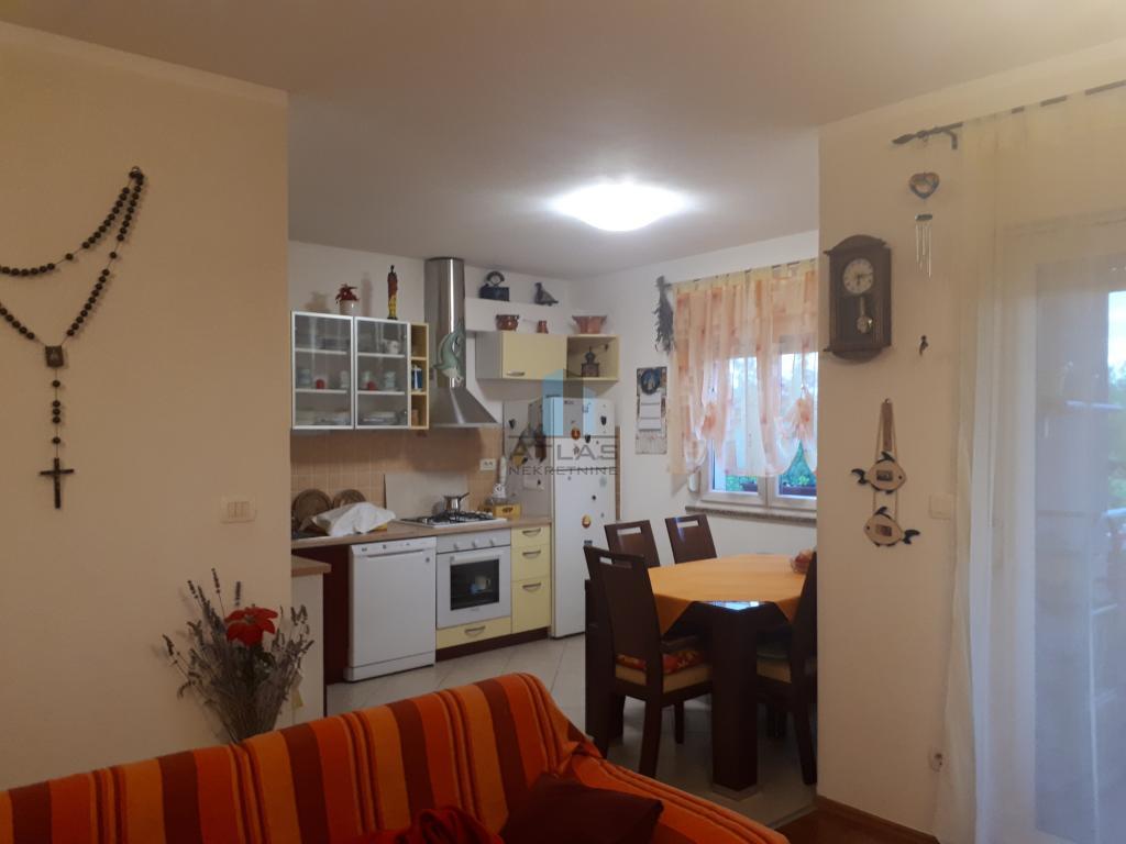 Apartment Marčelji, Viškovo, 84m2