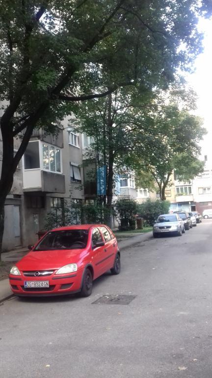 Zagreb, Knežija, 1S+DB, 5. kat, lift