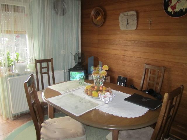 Samobor, CENTAR, 2-sobni, 49,50 m2 POVOLJNO