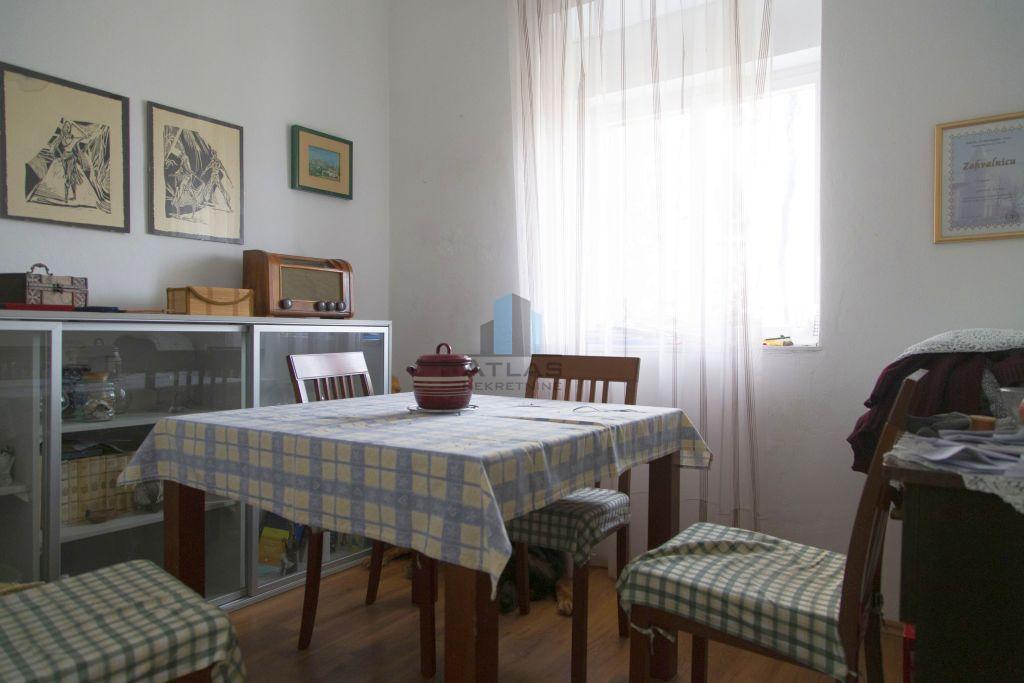 Vinodolska dolina, samostojeća kuća katnica, povoljno