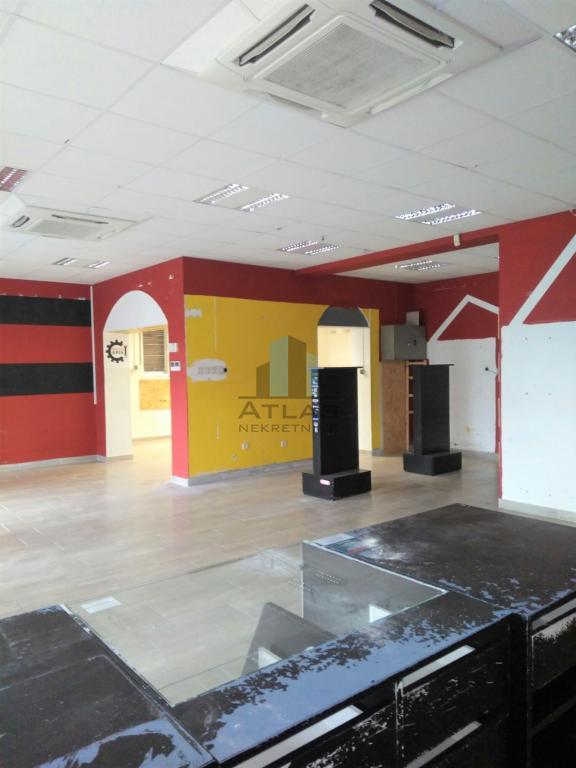 Mlaka, poslovni prostor za najam, 98 m2