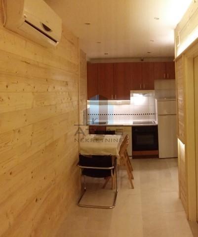 Kuća za najam, Potok, 10 soba,