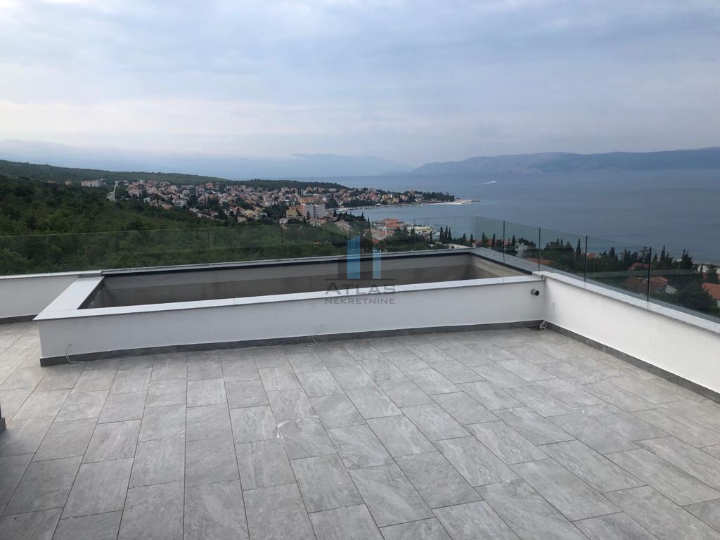 Vacation apartment Selce, Crikvenica, 110,90m2
