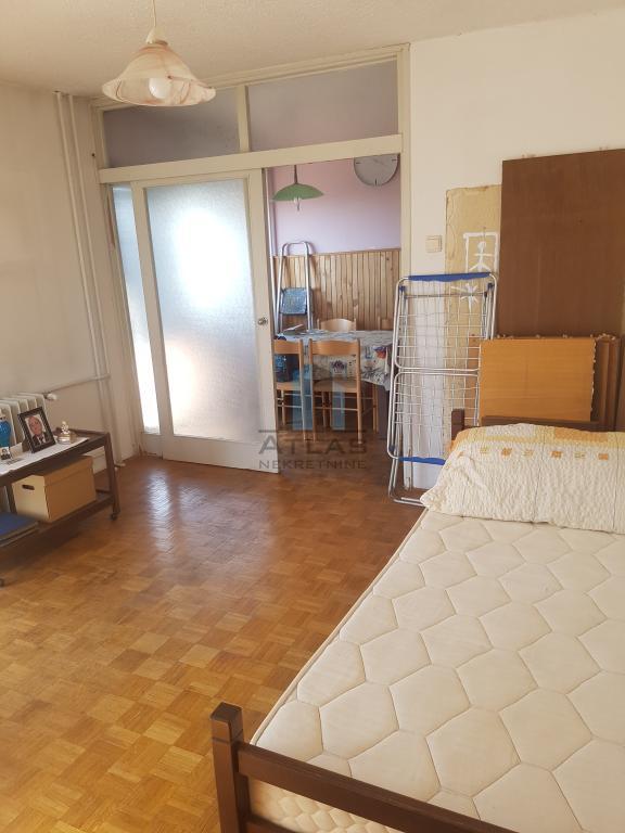 Zagreb, Utrine, trosoban stan pov. 59 m2