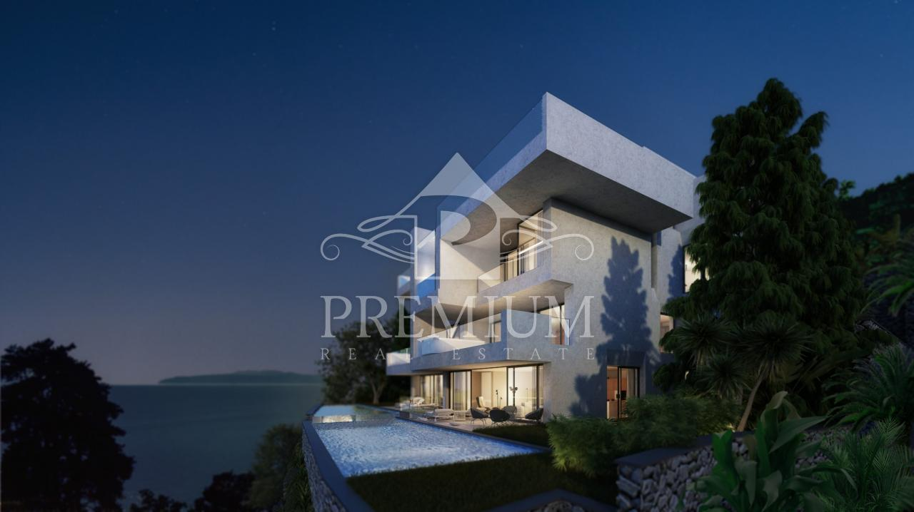 TWO-STOREY PENTHOUSE DE LUXE, lift, garage, view, close to the center