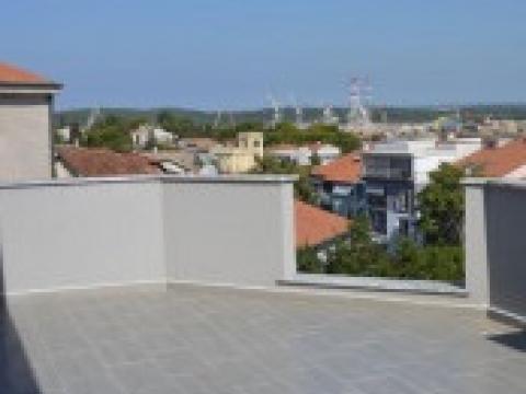 Jug Istre, Pula, stan s pogledom na more