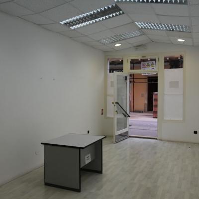 Dva poslovna prostora u centru Poreča
