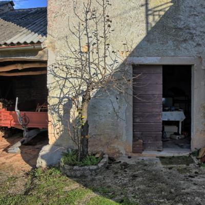 Kamena kuća u centralnoj Istri